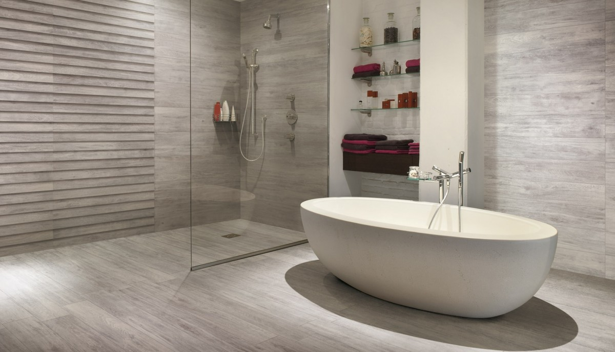 Wood effect porcelain tiles from our italian collection - Bagno finto legno ...
