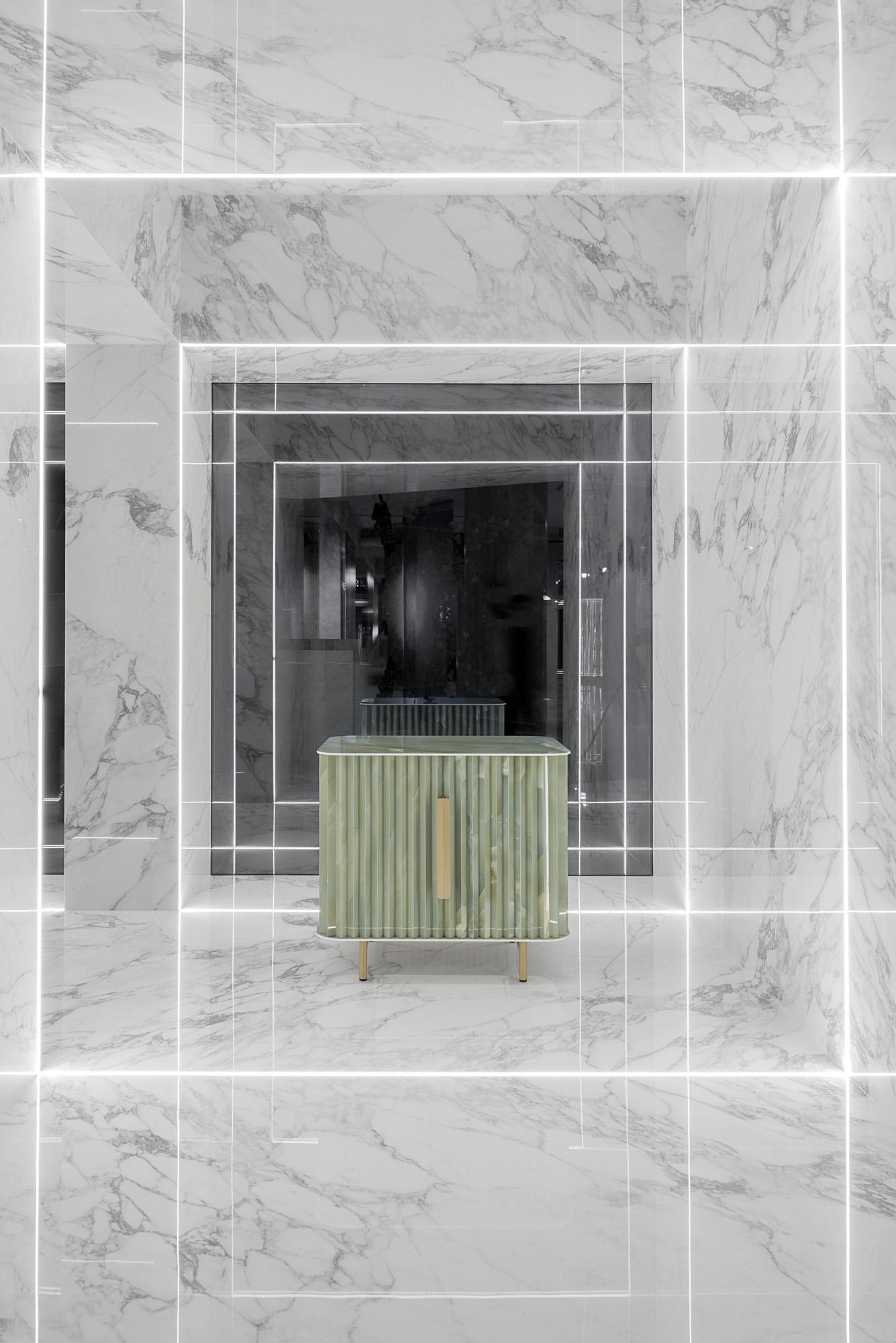 Arabescato - Polished porcelain tile from our Depth 6mm