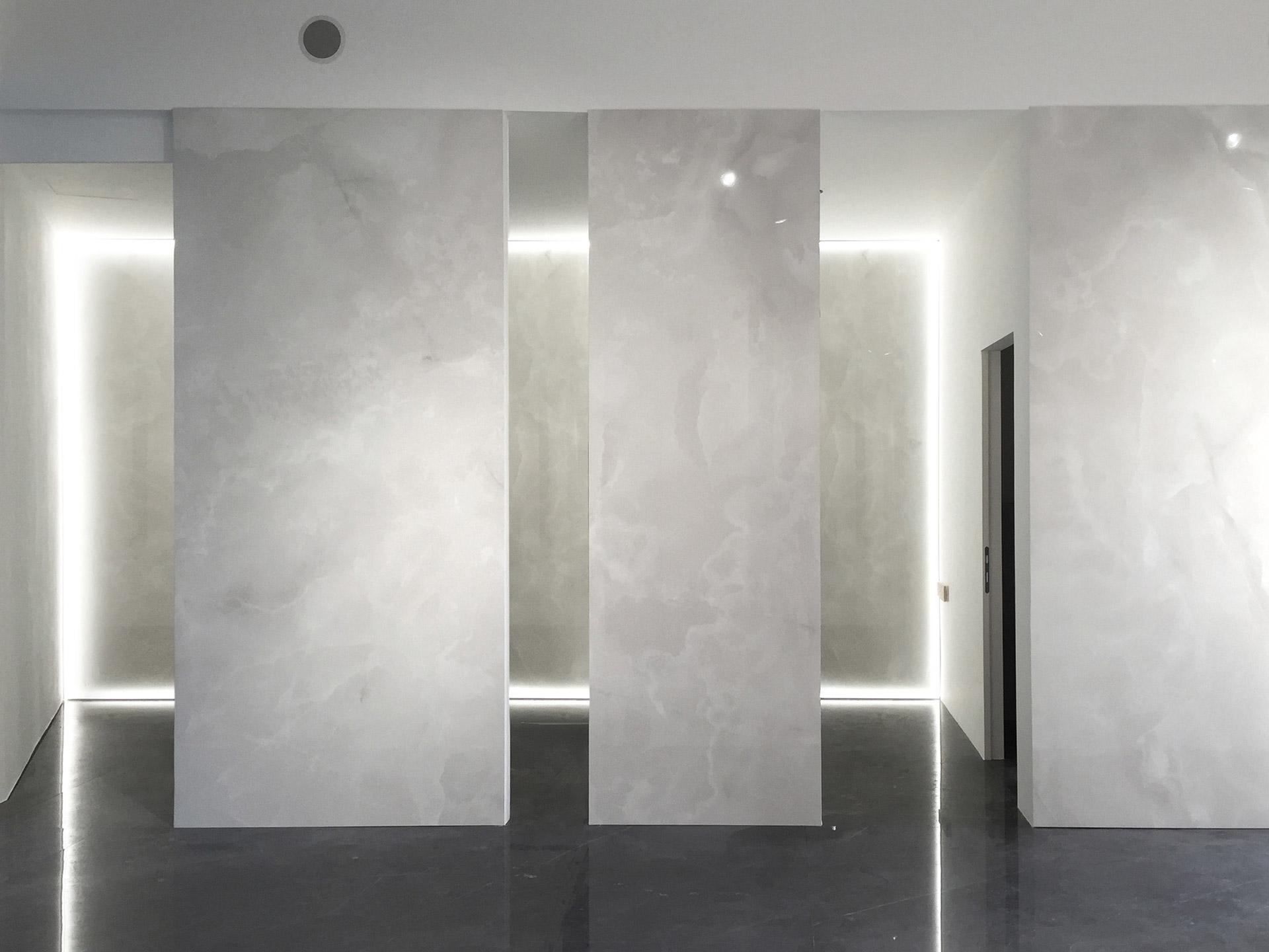 porcelain tile images: Onyx Sense range high quality photo