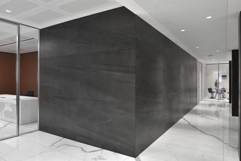 Basalt Stone – Antracite Basalt with Stone Sense – Bianco Venato 10554