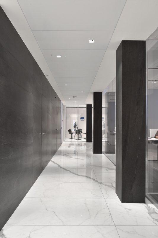 Stone Sense – Bianco Venato and Basalt Stone – Antracite Basalt 10520