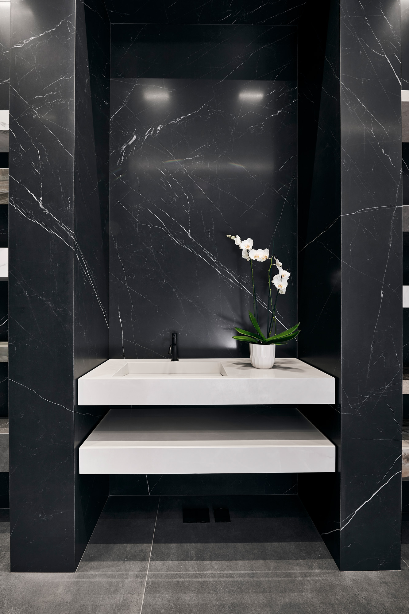 Scala In Marmo Nero nero marquina - honed porcelain tile from our depth 6mm